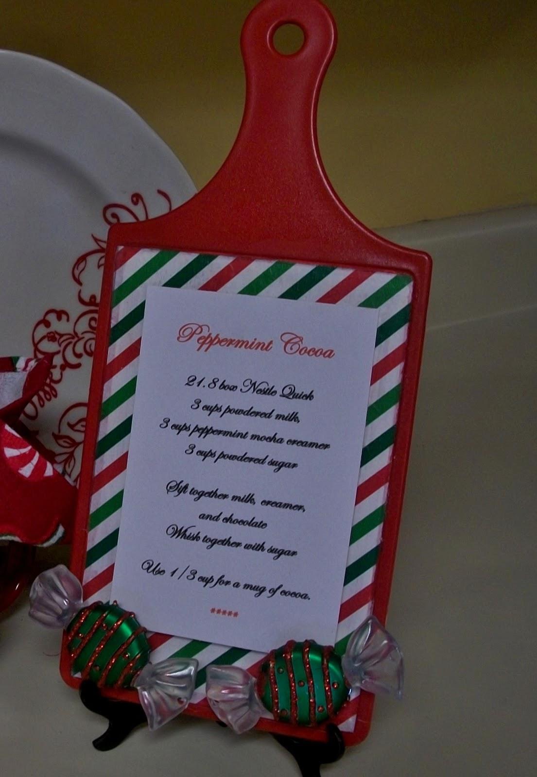 words on wheels mod podge the christmas elf. Black Bedroom Furniture Sets. Home Design Ideas
