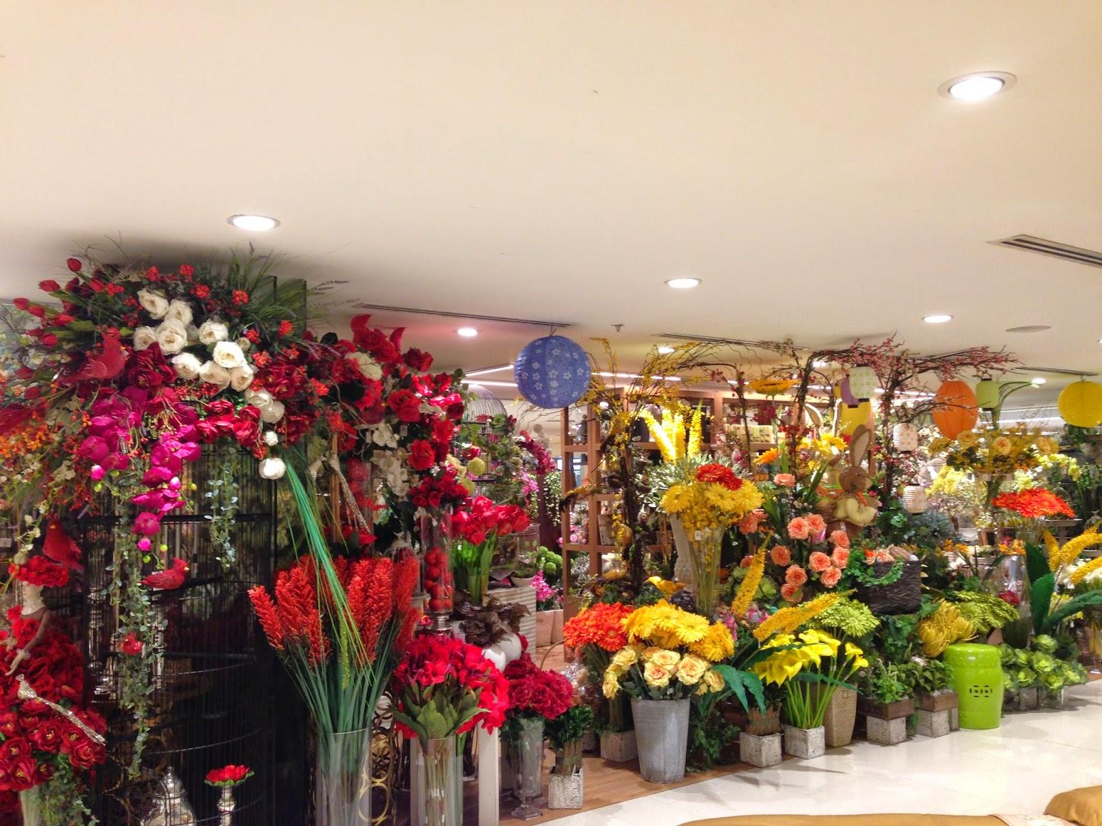 Flower arrangement for summer the bubbly wife rustans flower shop mightylinksfo
