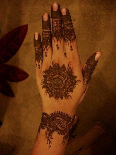Mehndi Designs Dulha Dulhan : Dulha and dulhan pakistani weddings photos videos