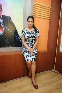 Vishaka singh latest glam pics 026.JPG