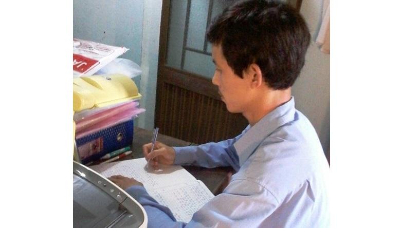 Gia Lai: Vợ chồng thầy giáo miền xuôi nuôi con chữ miền ngược