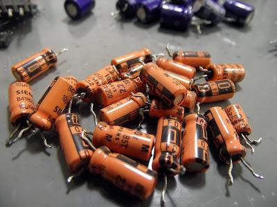Capacitores Eletrolíticos Siemens