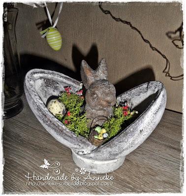http://anneke-scrapfun.blogspot.be/2015/03/konijn-in-een-ei.html