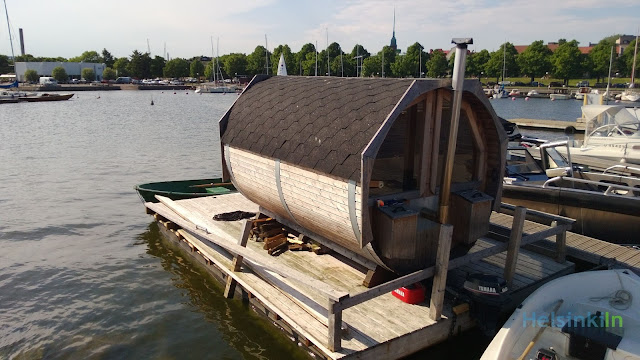 floating sauna at Liuskasaari