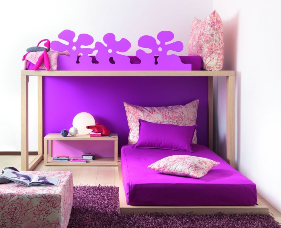Home interior designs simple ideas for purple room design for Violet bedroom designs