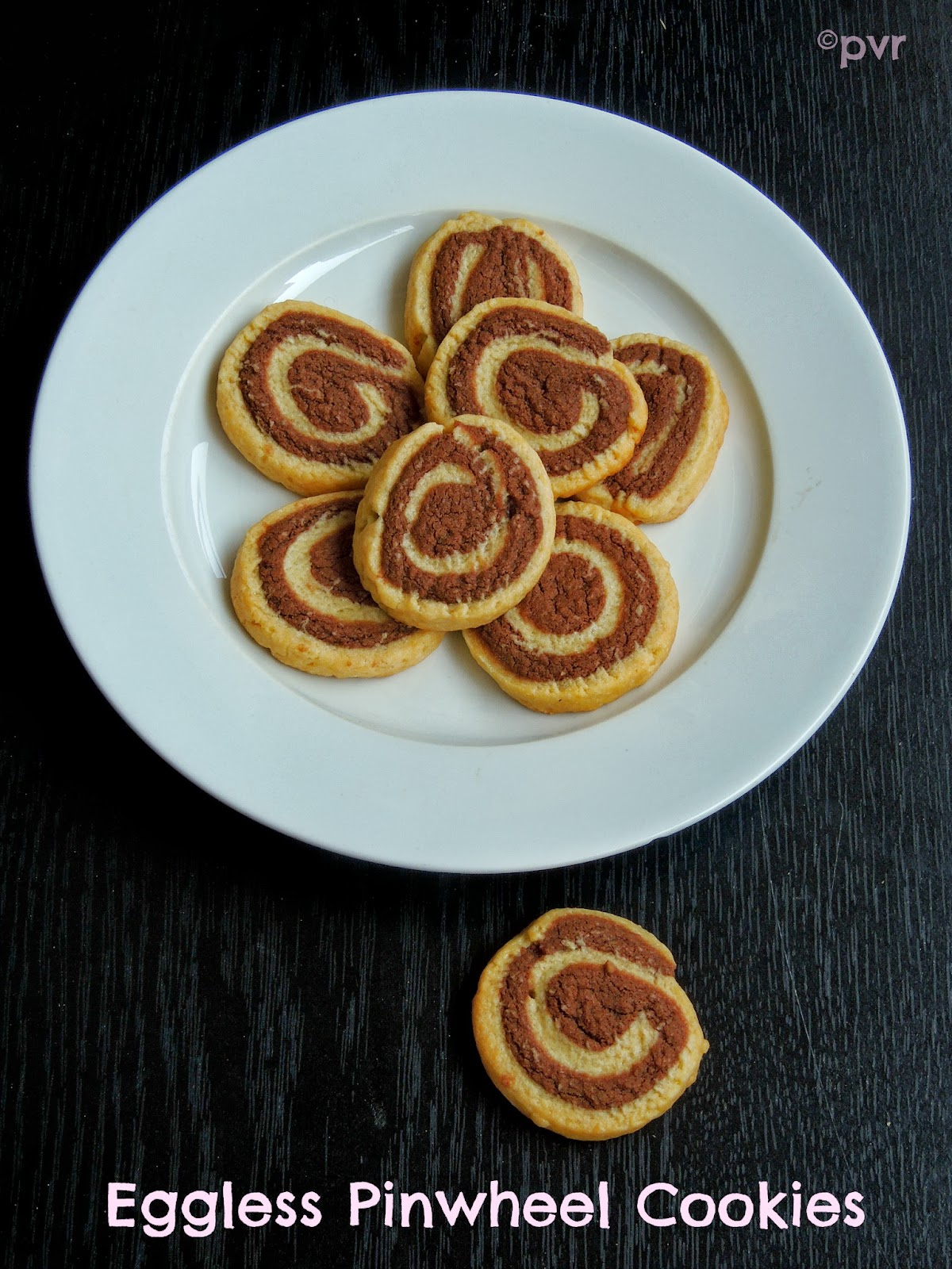 Priya\'s Versatile Recipes: Eggless Pinwheel Cookies~~Home Baker\'s ...