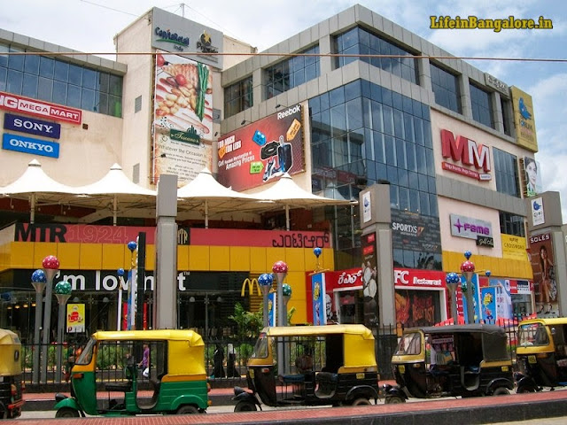 forum value mall auto stand