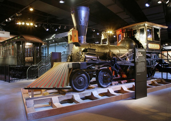 http://www.anrdoezrs.net/click-4193518-10851896?url=http%3A%2F%2Fwww.groupon.com%2Fdeals%2Fchicago-history-museum-6