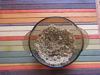 Овощные рулеты со спаржей и ореховой заправкой
