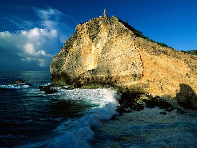 """<img src=""""http://4.bp.blogspot.com/-duf84d1BSj4/UeCh3P87KOI/AAAAAAAAAvY/T7FzLSi6q5A/s1600/beach_guadeloupe-normal.jpg"""" alt=""""Beach wallpapers"""" />"""