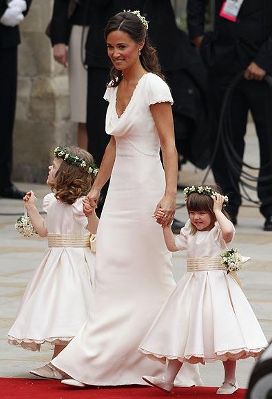 THE WEDDING DRESS Catherine Duchess Of Cambridge Wears Sara Burton Alexander McQueen Wedding