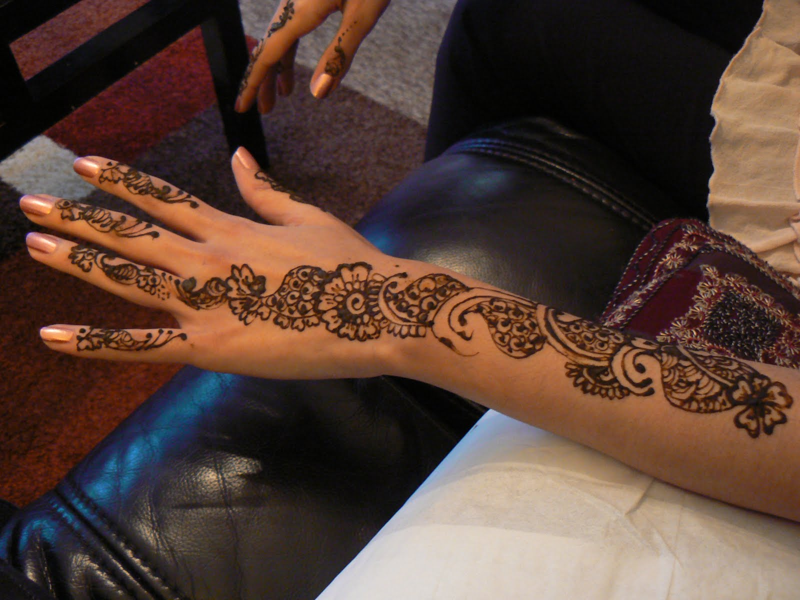 Truly Madly Beauty Henna Ed Hands D