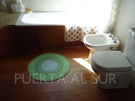 Bachas Para Baño Ovaladas: toilette de la casa alfombras de formas ovaladas o redondas cerca