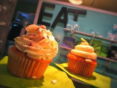 lila-and-sage-cupcakes
