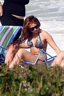 miley cyrus bikini