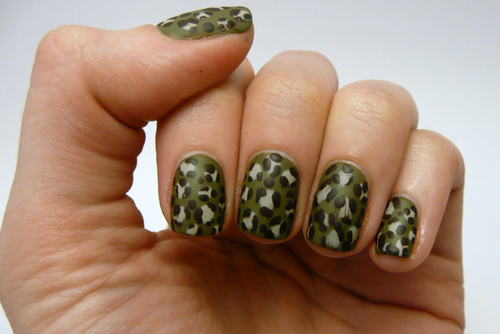 Casa de polish leopard print camo nails leopard print camo nails prinsesfo Image collections