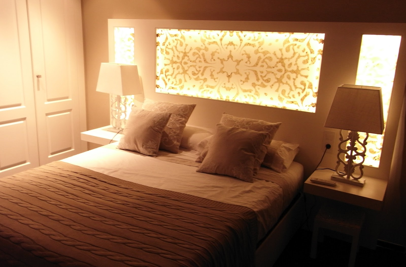 Designs and architects 10 ideas for headboards for beds - Backlit headboard ...