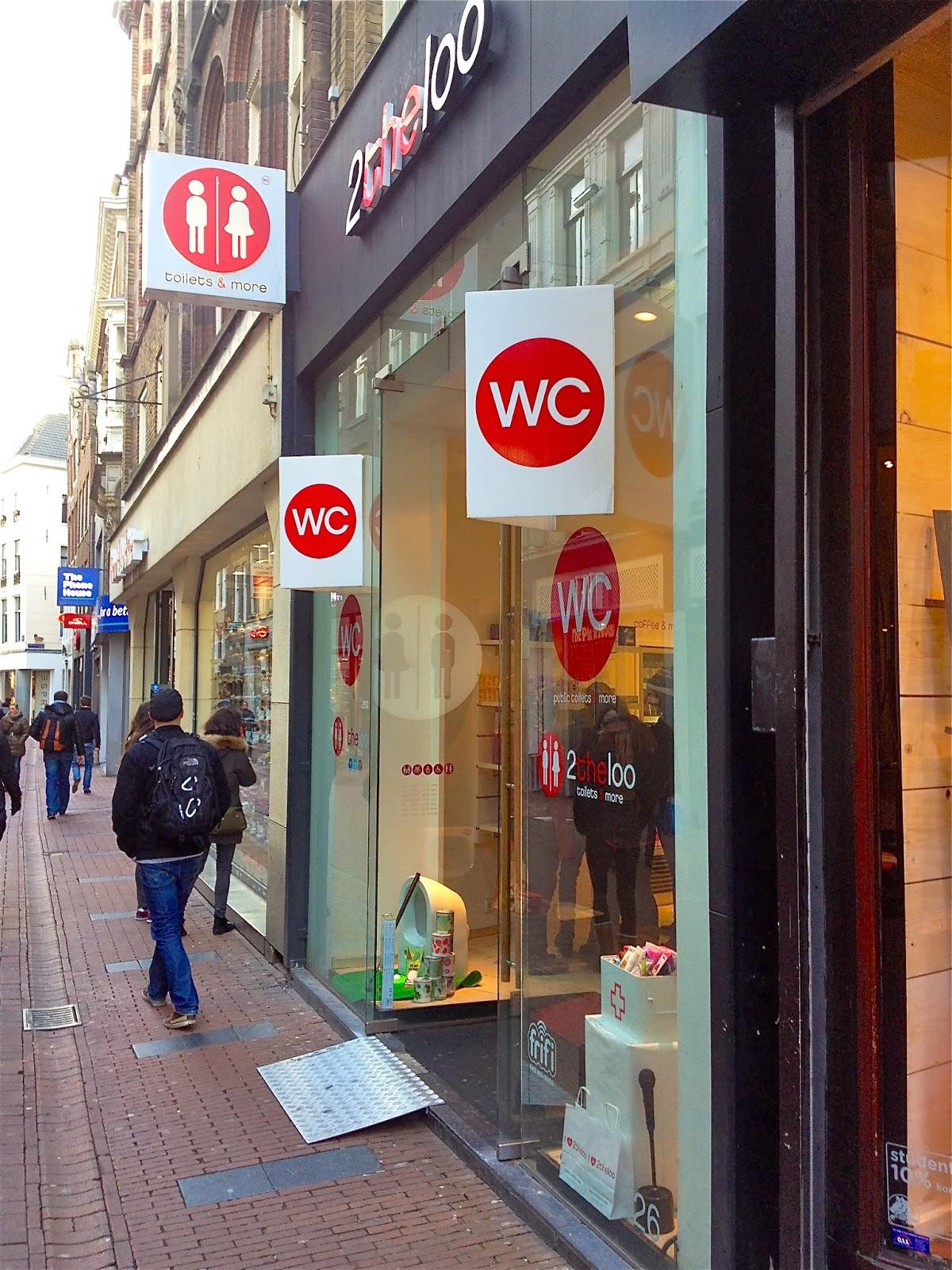2theloo in Kalverstraat, Amsterdam.