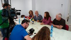 De la rueda de prensa por la readmisión de Marisa en Eléctrica de Cádiz