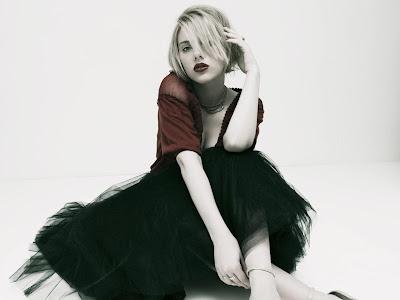 Scarlett Johansson HD good girl Wallpaper