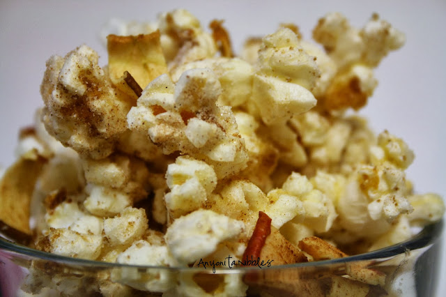 Close up of Tipsy Caramel Apple Popcorn from www.anyonita-nibbles.com