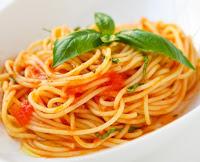Espaguete ao Manjericão (vegana)