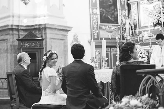 boda marbella vestido novia laure sagazan blog novias corona flores