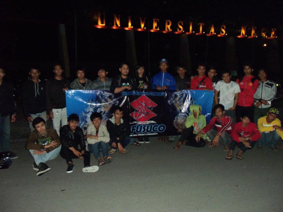 Diposkan oleh Satria FU Surabaya Community ( SAFUSUCO ) di 02.28 1