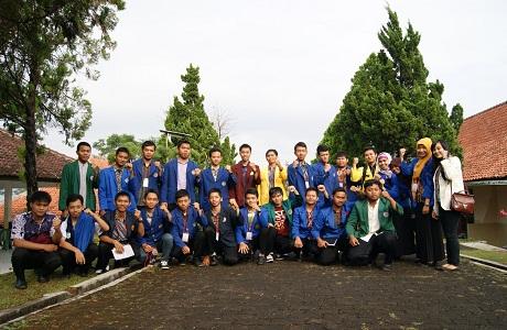 Persiapan yang dilakukan saat akan melaksanakan kongres, terdapat 36 peserta dari seluruh mahasiswa PGSD seluruh Jawa,Bali, NTT, dan NTB.