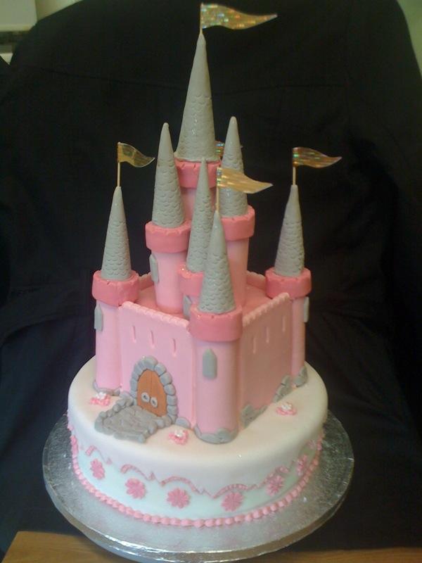 Images Of Castle Birthday Cake : Custom Cake Art: How To Make a Fairy Tale Castle Birthday Cake