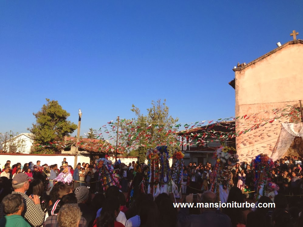 Tradiciones Mexicanas en Tocuaro en Dia de la Candelaria