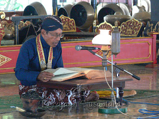 Tembang Macapat the Old java Culture
