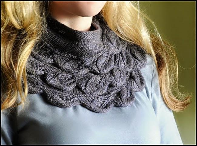 tricot-châle-cedar-leaf-shawlette