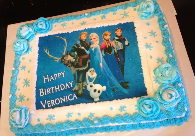 Valeroni Disneys Frozen Anna and Elsa birthday cake