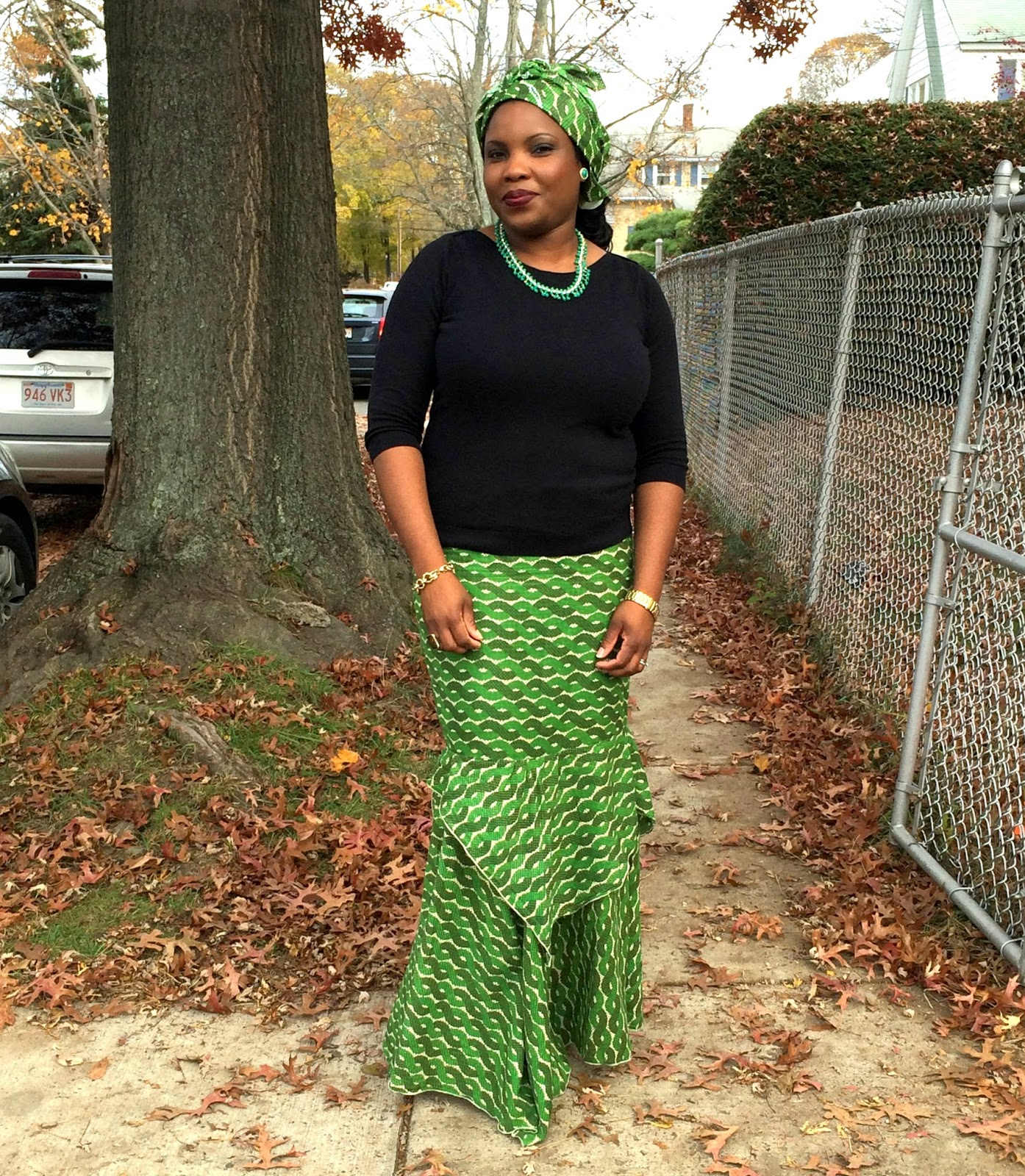 Green Skirt long, Black Sweater