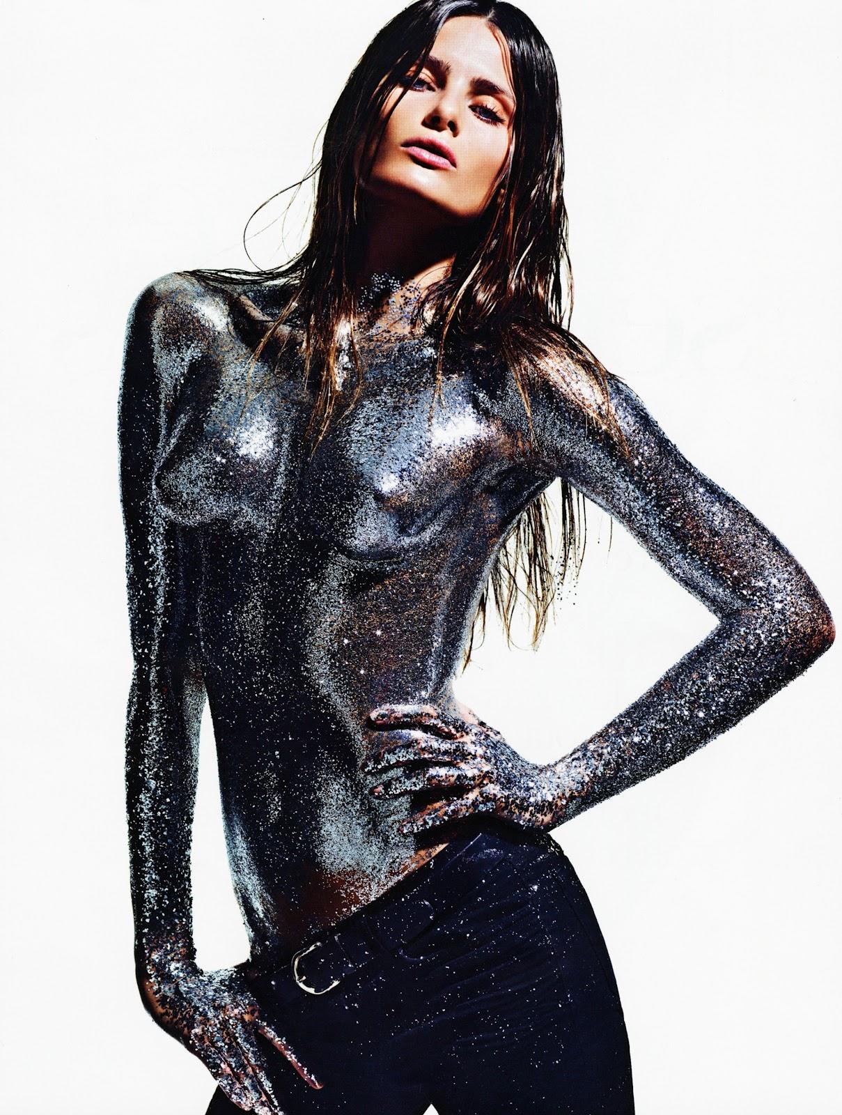 http://4.bp.blogspot.com/-dwMk9NBqIfE/UA7qA_nJREI/AAAAAAAADxU/OkudD2uLsH8/s1600/072412+French+Vogue+%25282%2529.jpg