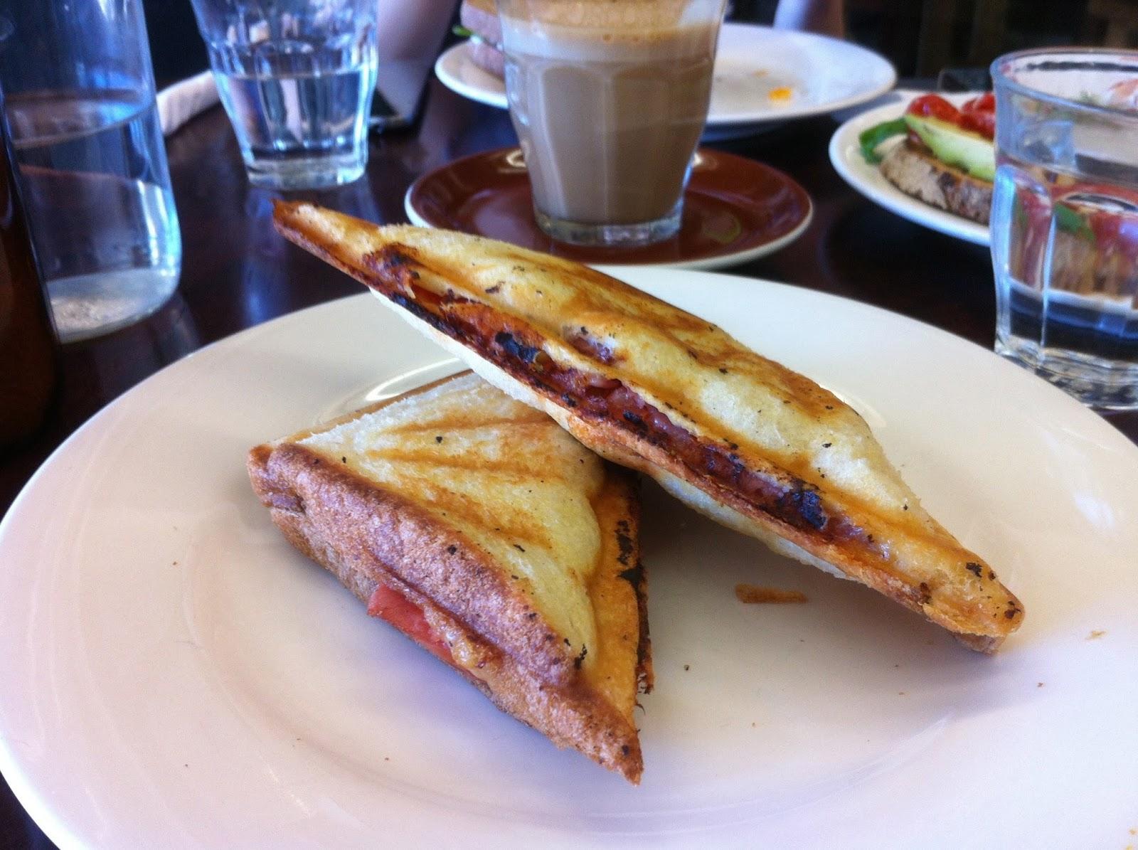 Breakfast Cafes Near Melbourne Central