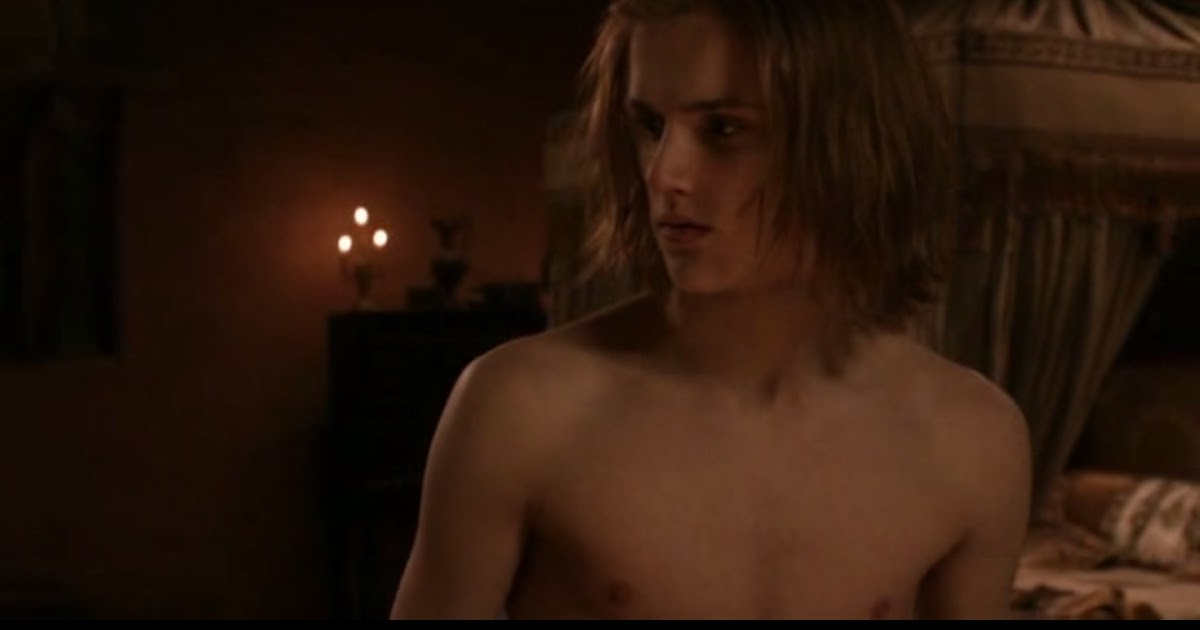 Eugene simon naked