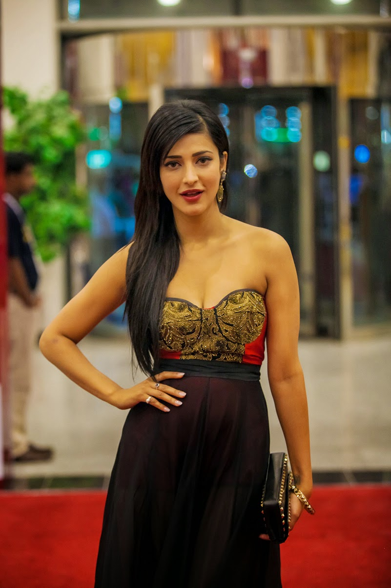 S, Shruti Hassan, Shruti Hassan Hot pics, HD Actress Gallery, latest Actress HD Photo Gallery, Latest actress Stills, Telugu Movie Actress, Tollywood Actress, Hot Images, Indian Actress, Shruti Hassan Telugu movie actress Hot Photo Stills