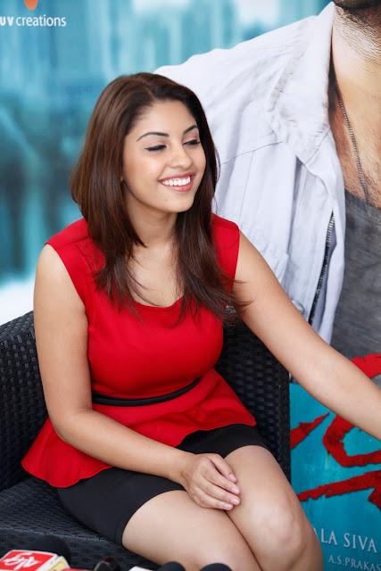 Richa Gangopadhyay WALLPAPERS