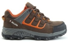 sepatu casual trail brown shoe