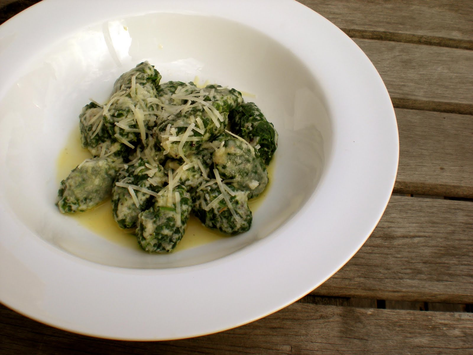 is it worth waiting for?: spinach and ricotta gnocchi with lemon and ...