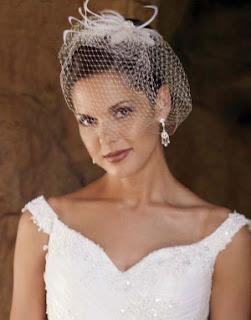 véu de noiva curto tamanho ombro