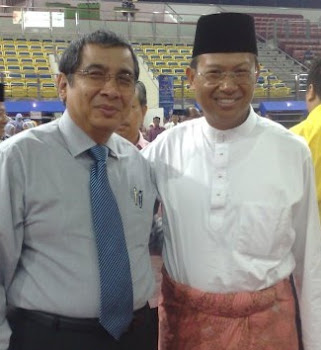 With YB Dato Seri Shabery Cheek