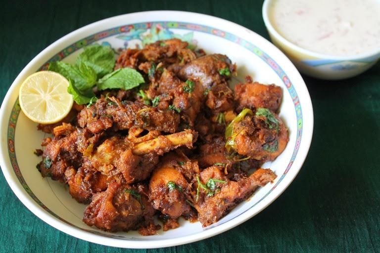 Onion Chicken Fry / Onion Chicken Dry Masala