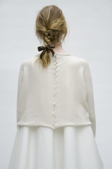 fashion-sweater-minimal