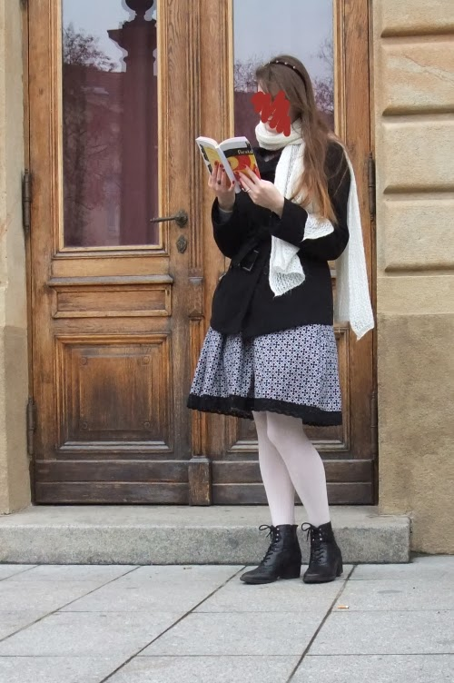 bookworm outfit white shawl medieval