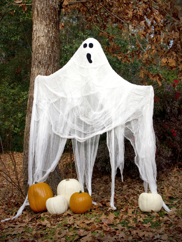 Decorating Ideas > Interior Design How To Make A LifeSize Halloween Ghost ~ 121528_Halloween Decoration Ideas To Draw