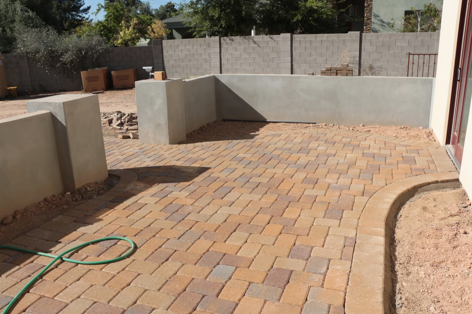 belgard paver toscana and mohave mix