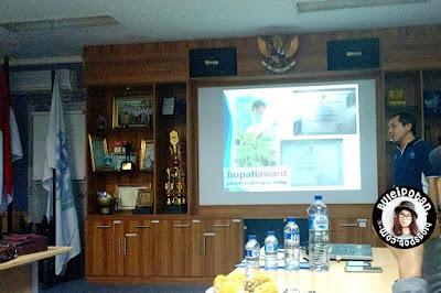 Presentasi oleh pihak AQUA